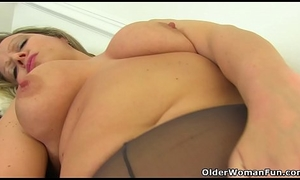 UK milf Sericeous Haunches Lou doesn'_t put on knickers onwards office every now