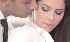 Swank officesex closeup with valentina nappi