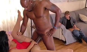 This hot XXX video will make you cum in 1 minute porntube2020.pro