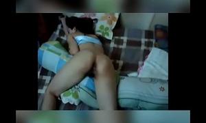Amiga b&ecirc_bada da balada dormindo Sleeping drunk girlfriend