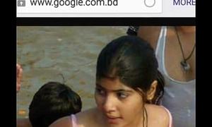Hot girls open bathing at ganga river,village girls &amp_ women open bathing at ganga