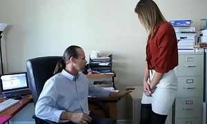 Big cheese shows employee how nearly try anal sex but remain a virgin