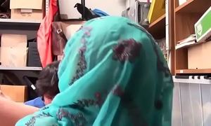 Claimed Muslim terrorist cornered fellow-citizen to backroom off fascinate enjoy one's mind glue apart