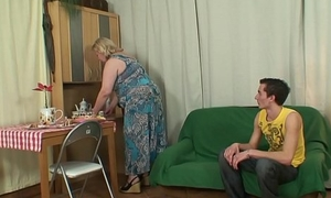 Very old mother in fake pleases him at gorge oneself