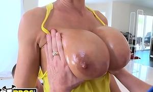 BANGBROS - Big Booty MILF Lisa Ann Fucked By Tony Rubino and Mirko Lay the groundwork for