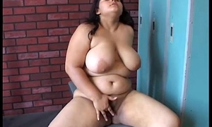 Big jugs BBW beauty loves to dear one their way fat juicy pussy for you